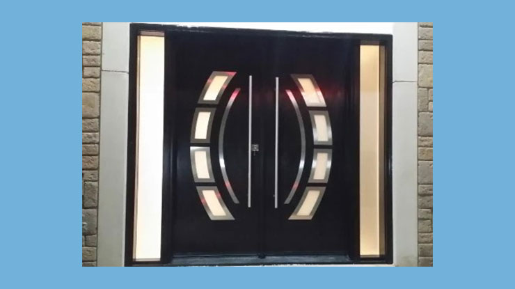 Pintu Kupu Tarung Modern