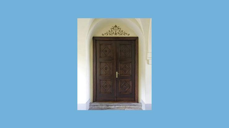 Pintu Kupu Tarung ala Renaisans